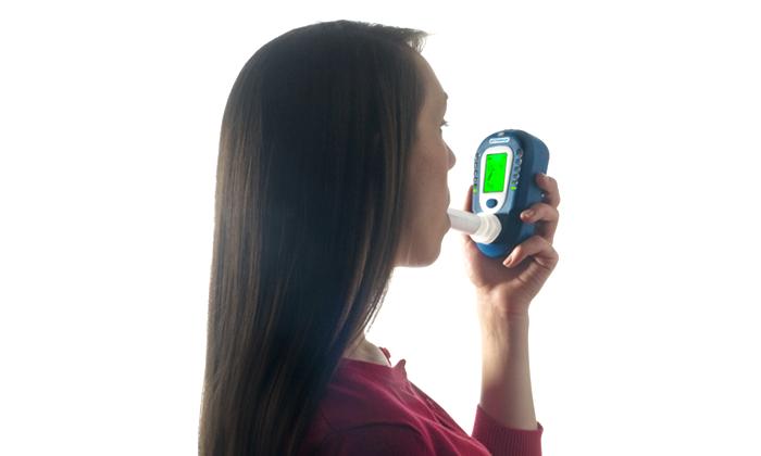 一酸化炭素測定器(禁煙外来)